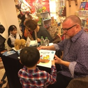 A busy booksigning #5